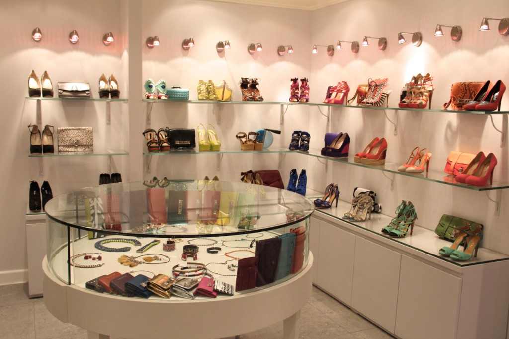 AlOthman Outlet Store